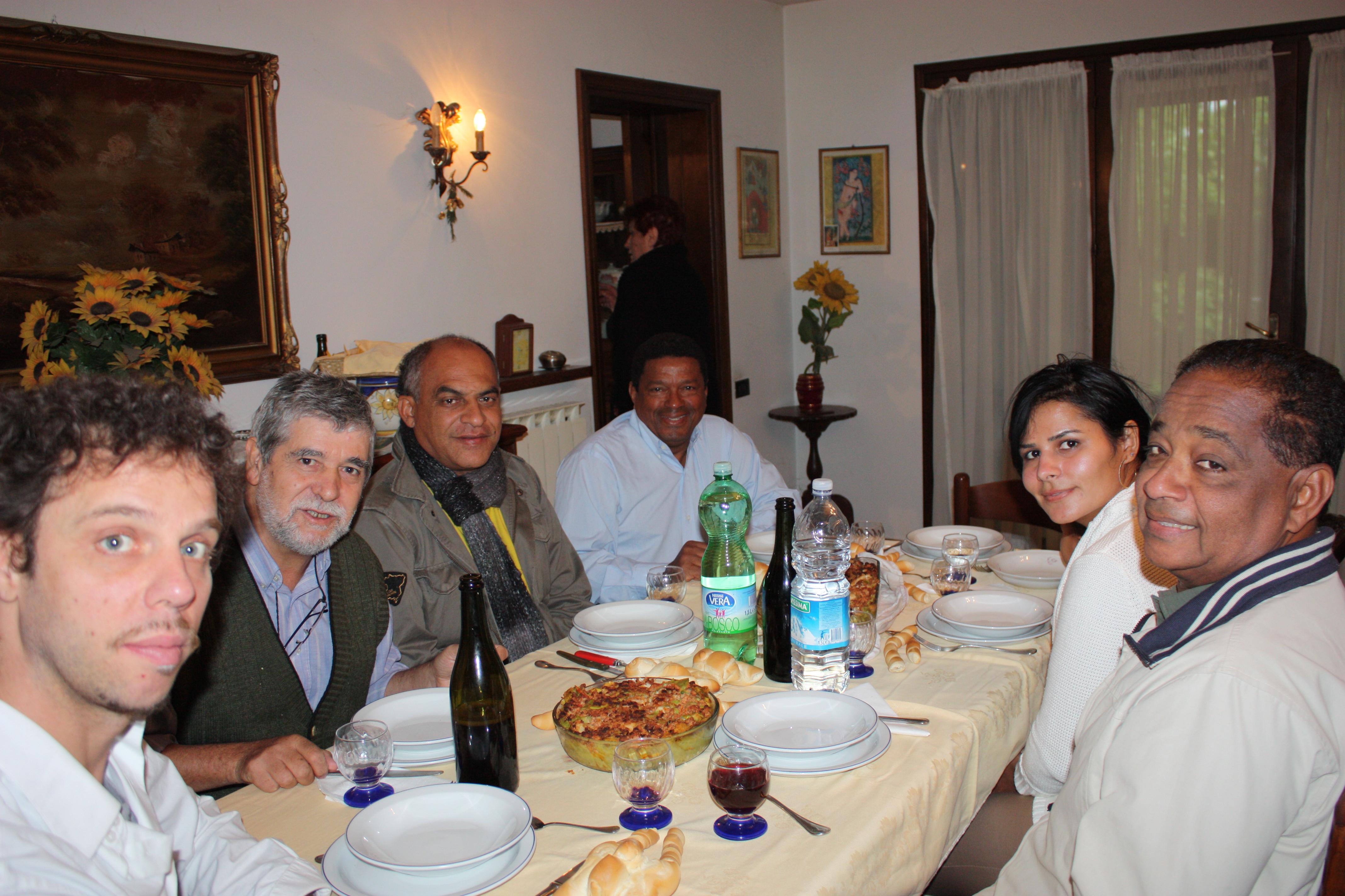 (E), Davide, Pietro Gallina, Tucunaré, Paranaguá, Carlos Soares e a mulher Adriana
