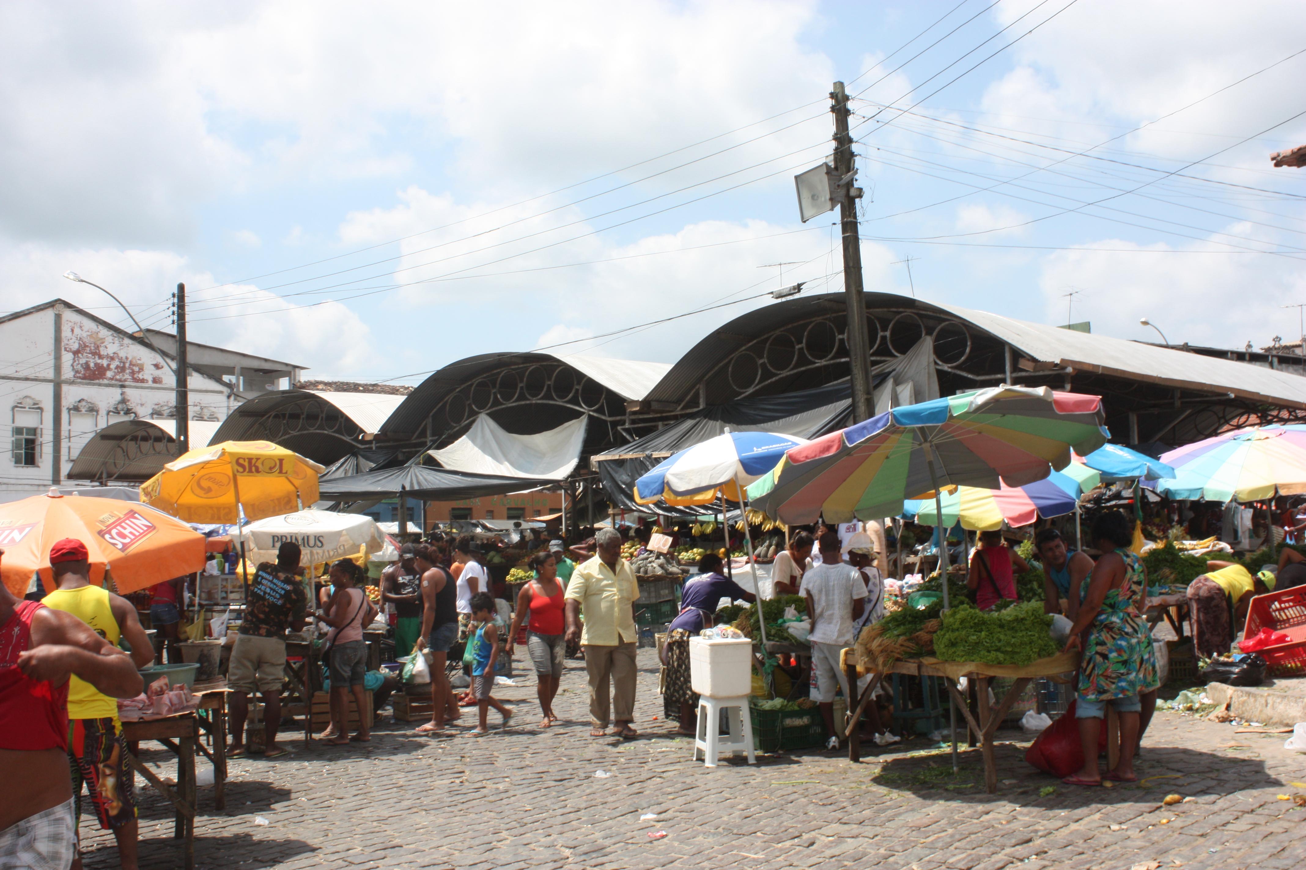 Vista parcial da feira