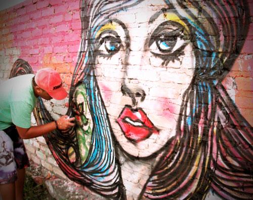 """Kbça: """"nas minhas pinturas, as mulheres continuarão sendo sempre uma rainha"""""""